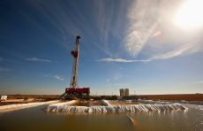 Oil_Discovery_West_Texas.JPG_t810