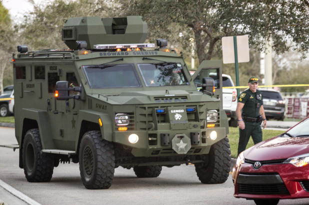 two swat members suspended for response to florida shooter