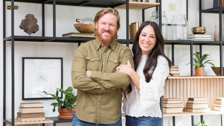 hit diy show fixer upper has tearful farewell american downfall. Black Bedroom Furniture Sets. Home Design Ideas
